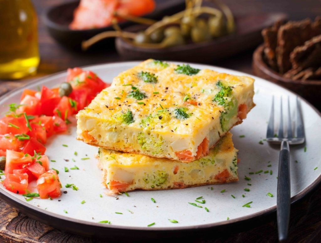 omelet makaroni